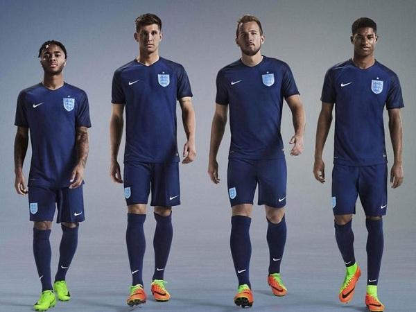 Jersey Elegan Timnas Inggris Untuk Piala Dunia2018